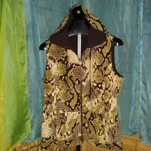 Reversible silk/ poly blend vest with pockets XL